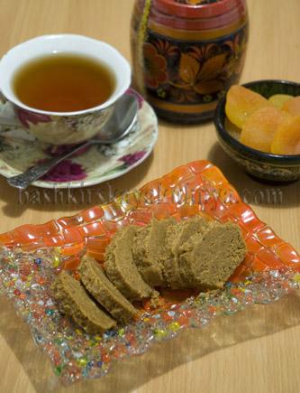 Рецепт блюда башкирской национальной кухни - кызыл эремсек с медом