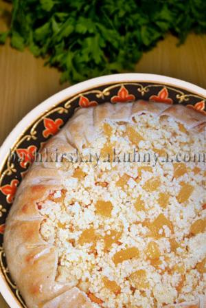Рецепт блюда башкирской национальной кухни - Пирог с тыквой и пшеном