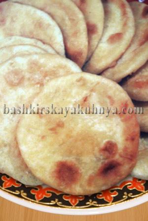 Рецепт блюда башкирской национальной кухни - Колсе (Лепешки)